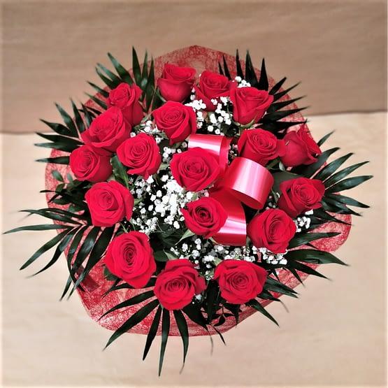 rosas rojas dieciocho